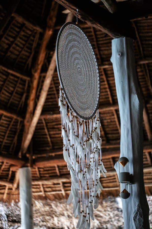 Casas do feriado com as palmeiras nos trópicos País morno para t fotografia de stock