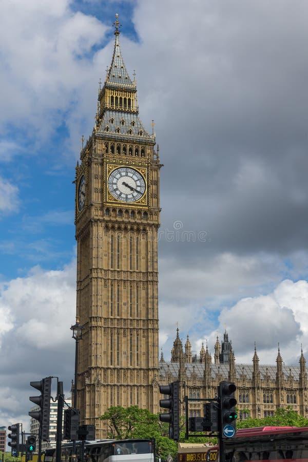 Casas do parlamento, palácio de Westminster, Londres, Inglaterra, Grâ Bretanha imagens de stock