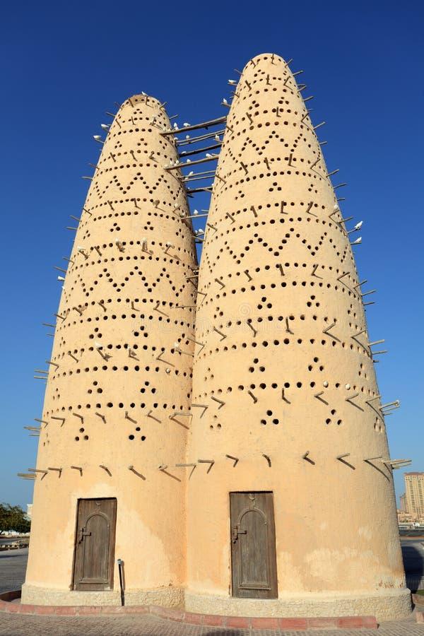 Casas do pombo em Qatar imagem de stock royalty free