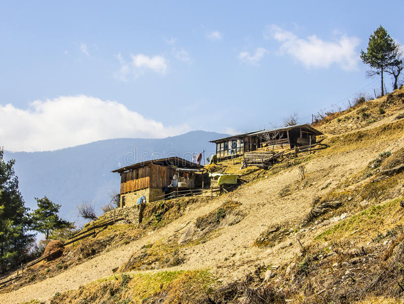 Casas dos fazendeiros, Butão imagens de stock royalty free