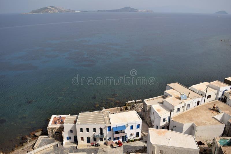 Casas e mar da elevação fotos de stock royalty free