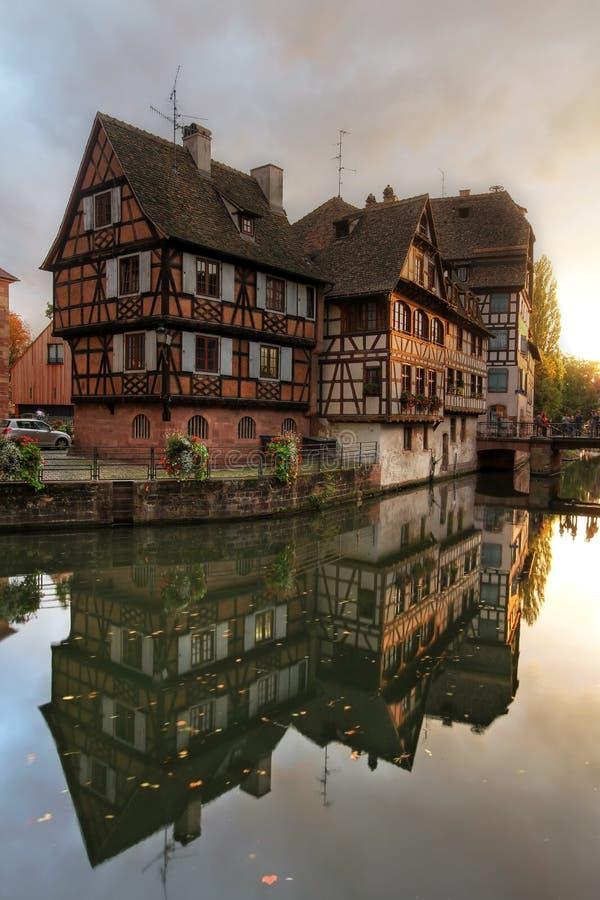 Casas em Pequeno-France, Strasbourg, France foto de stock