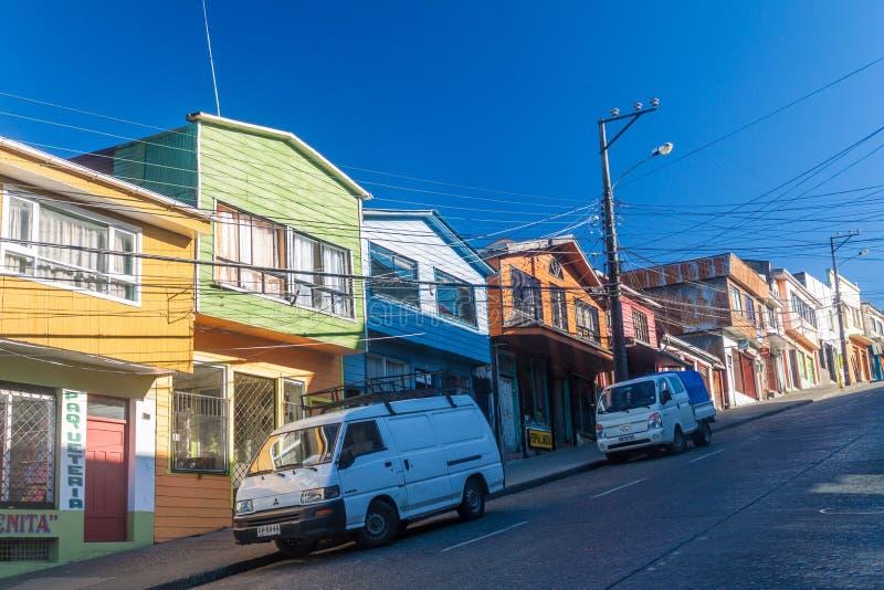 Casas en Castro, isla de Chiloe fotografía de archivo
