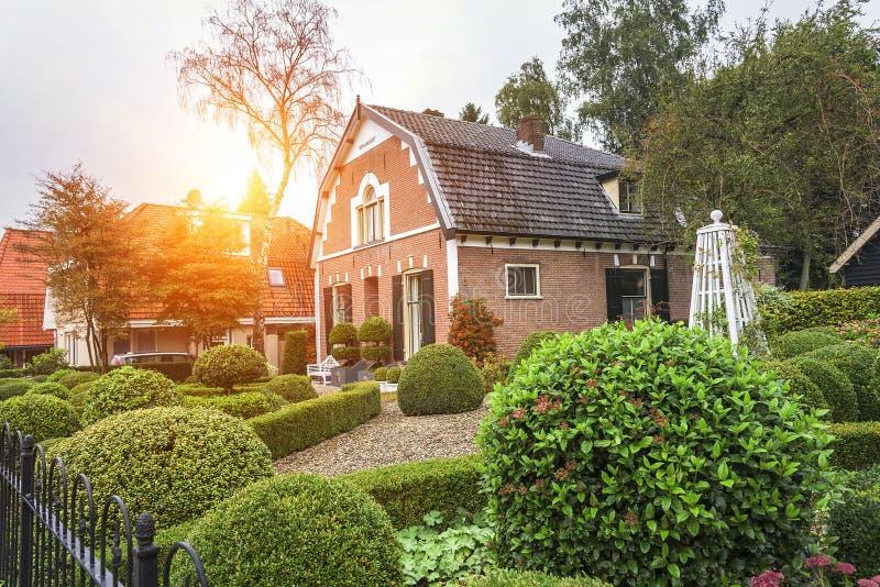 Casas en Ede, Países Bajos imagen de archivo libre de regalías