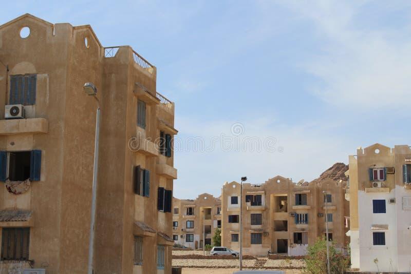 casas en la ciudad de Dahab imagen de archivo