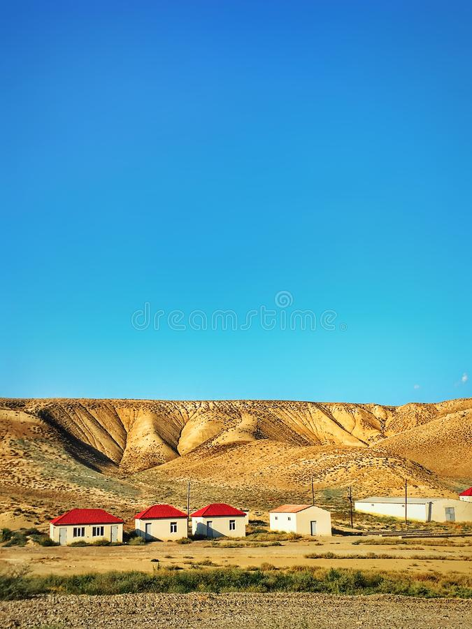 casas en las montañas de Azerbaijan imagen de archivo libre de regalías