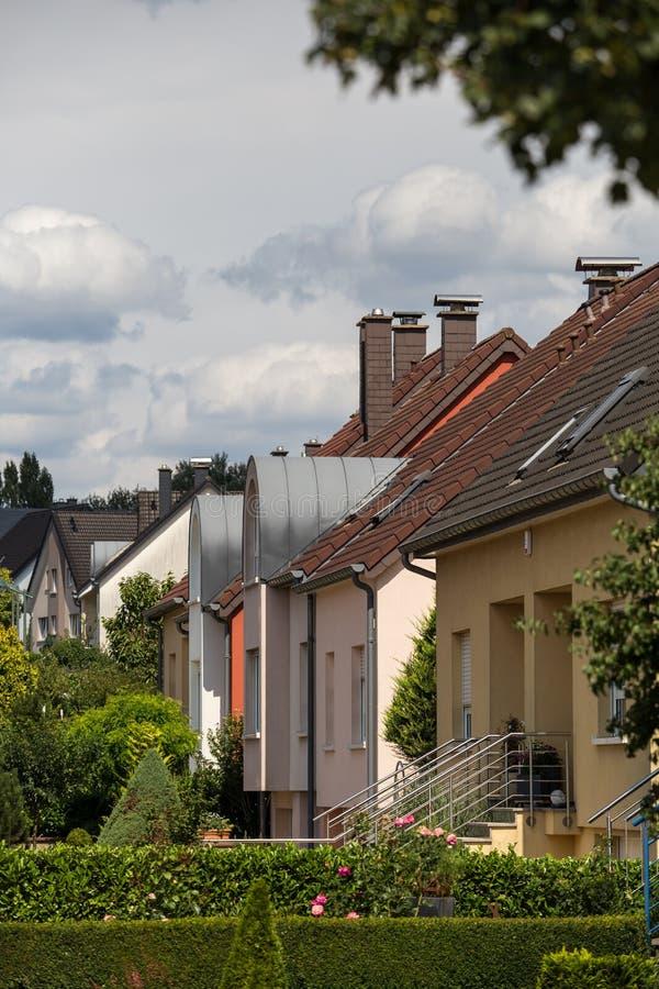 Casas en suburbios fotos de archivo