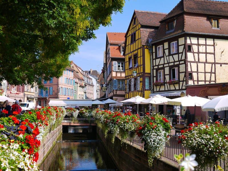 Casas francesas tradicionais de Colmar foto de stock