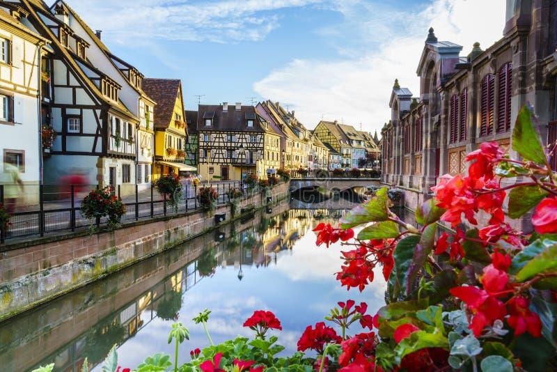 Casas francesas tradicionais em Colmar fotografia de stock royalty free