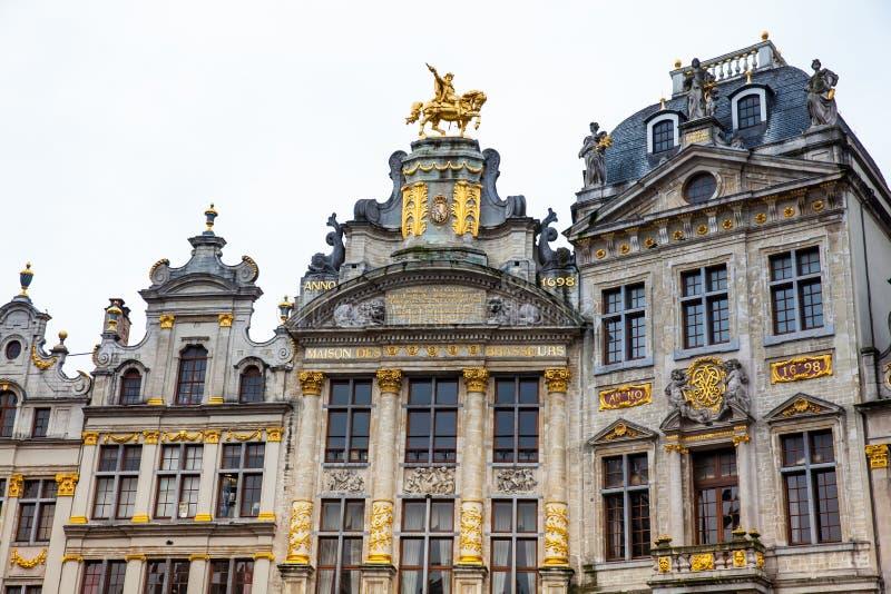Casas históricas del gremio de Grand Place en Bruselas imágenes de archivo libres de regalías
