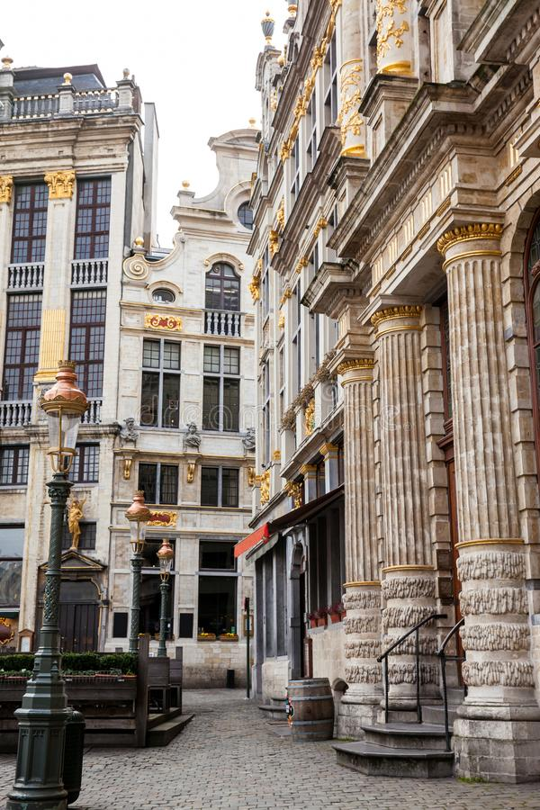 Casas históricas del gremio de Grand Place en Bruselas imagen de archivo libre de regalías