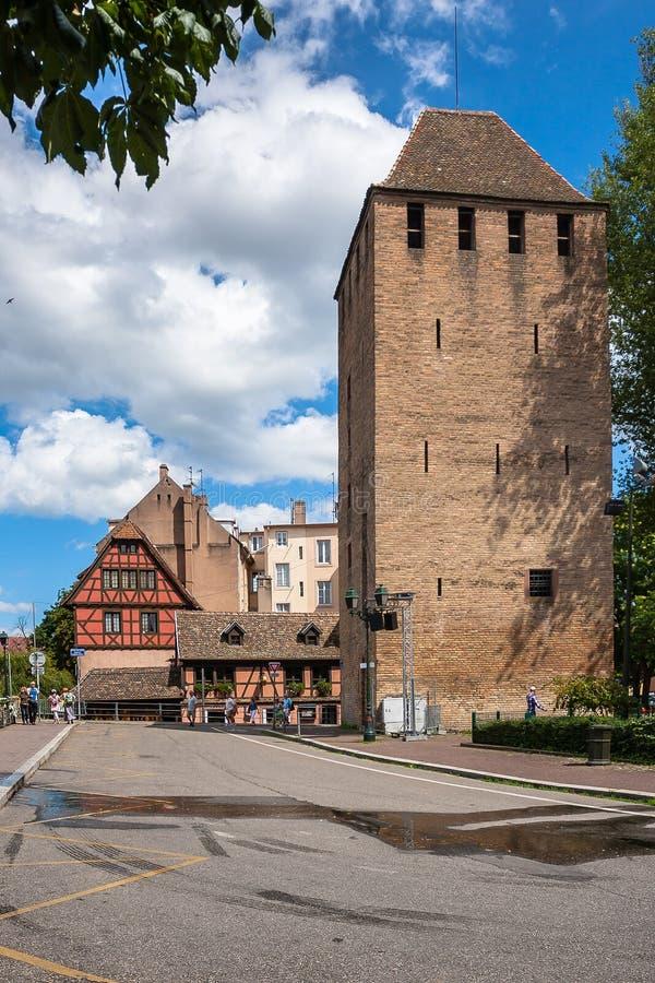 Casas históricas no La Petite France do distrito em Strasbourg imagens de stock royalty free