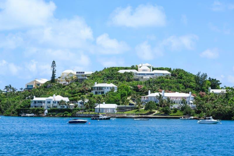 Casas luxuosas na ilha de Bermuda imagens de stock