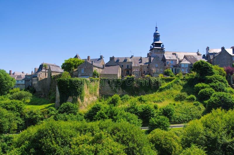 Casas medievais em Moncontour, armadura do ` das costas d, Brittany imagem de stock