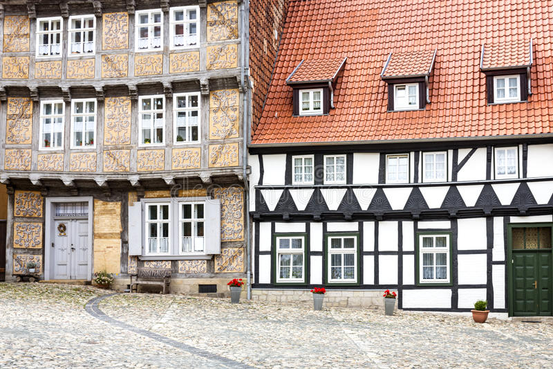 casas Metade-suportadas em Quedlinburg, Alemanha fotos de stock