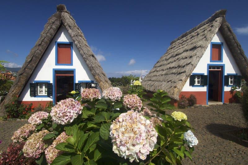Casas no console de Madeira imagens de stock
