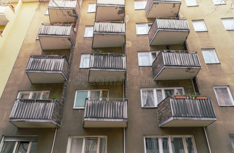 Casas pobres em Berlim, Kreuzberg imagem de stock