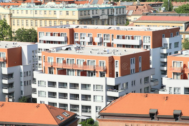 Casas residenciais modernas imagens de stock royalty free