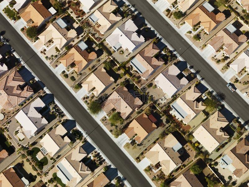 Casas suburbanas residenciales. imagen de archivo