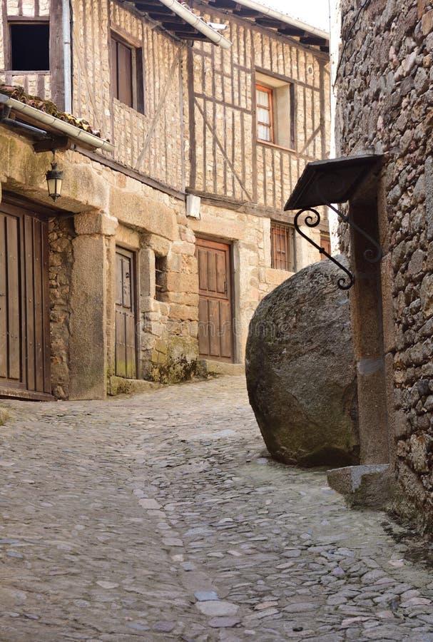 Casas típicas da vila medieval do La Alberca, Salamanca foto de stock
