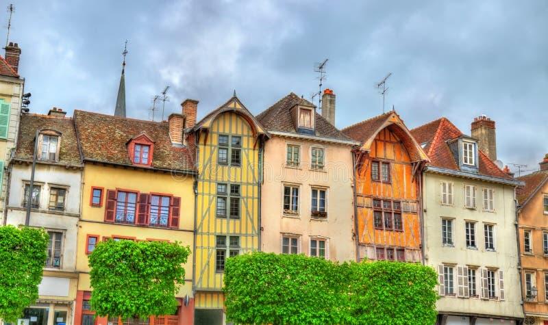 Casas tradicionais em Troyes, França imagens de stock