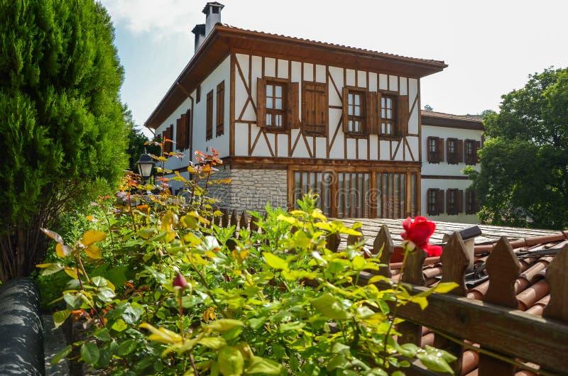 Casas tradicionales de Safranbolu en fondo foto de archivo libre de regalías