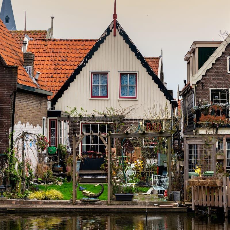 Casas tradicionales de Volendam imagen de archivo