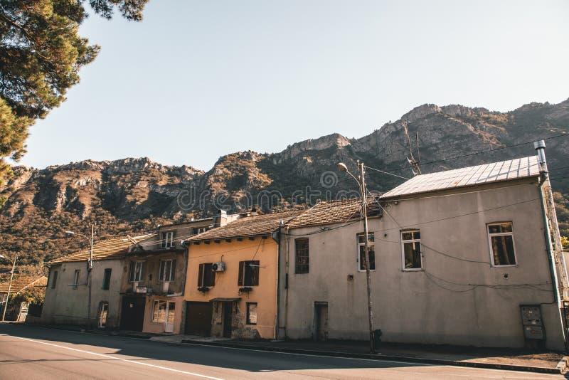 Casas velhas em seguido imagens de stock royalty free
