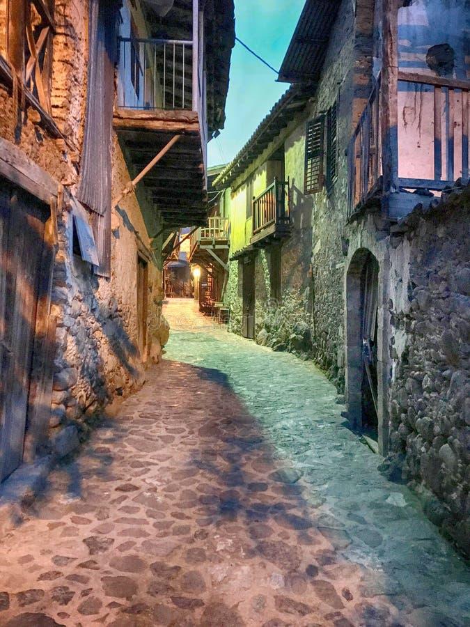 Casas velhas na vila de Kakopetria, Chipre fotos de stock royalty free