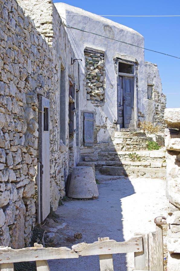 Casas viejas de Folegandros imagen de archivo libre de regalías