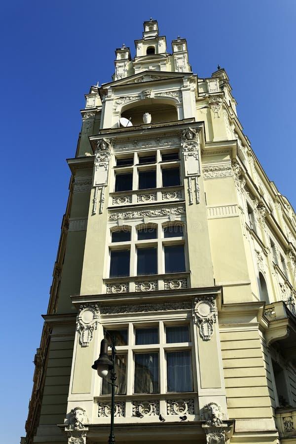 Casas viejas, ¾ de PaÅ™ÃÅ del hotel, cuadrado de la república, Praga, República Checa foto de archivo libre de regalías
