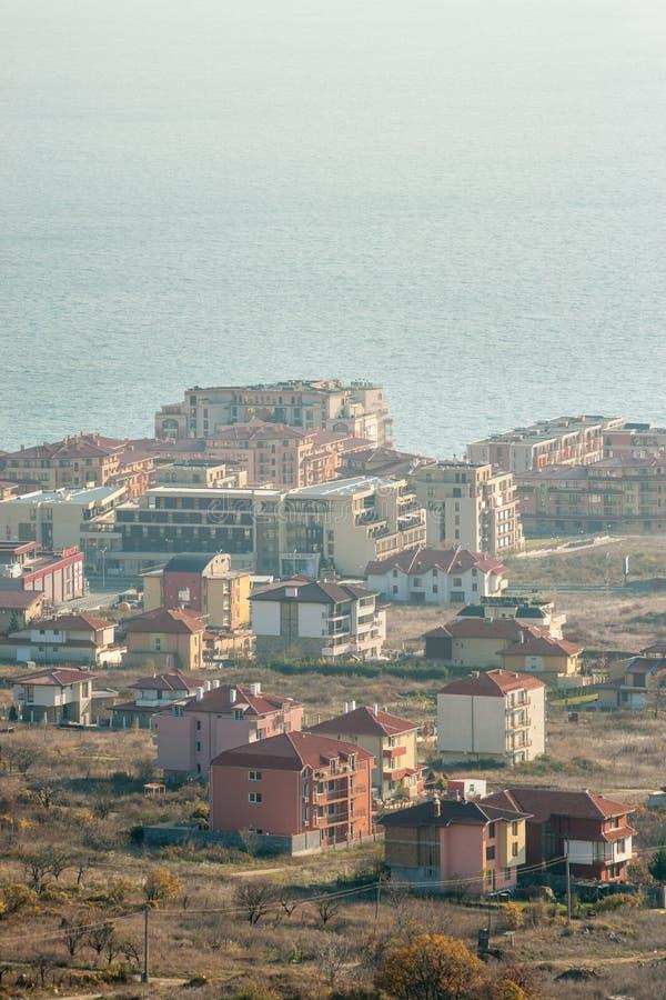 Casas y hoteles en KK Sveti Vlas, Bulgaria imágenes de archivo libres de regalías
