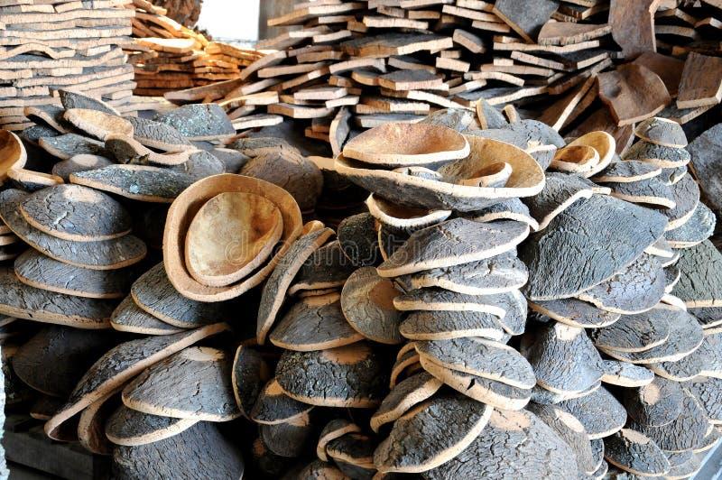 Casca empilhada do carvalho de cortiça fotografia de stock