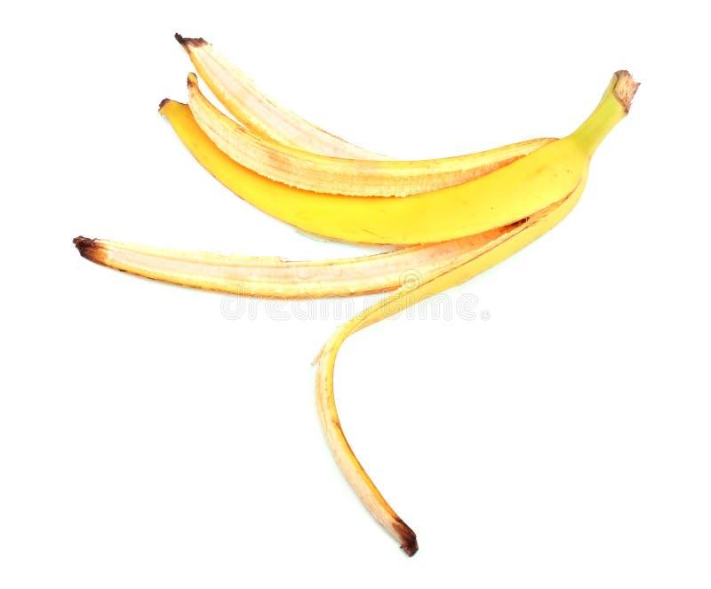 Casca ou pele amarela da banana, isolada em um fundo branco Vitaminas Casca madura e fresca da banana fotos de stock royalty free