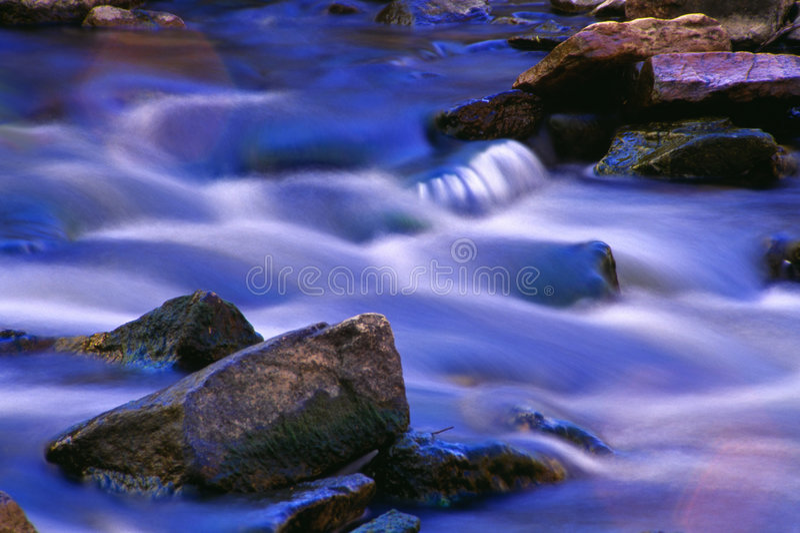 Cascada íntima imagen de archivo