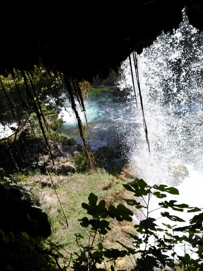 Cascada agradable en Antalya imagen de archivo libre de regalías