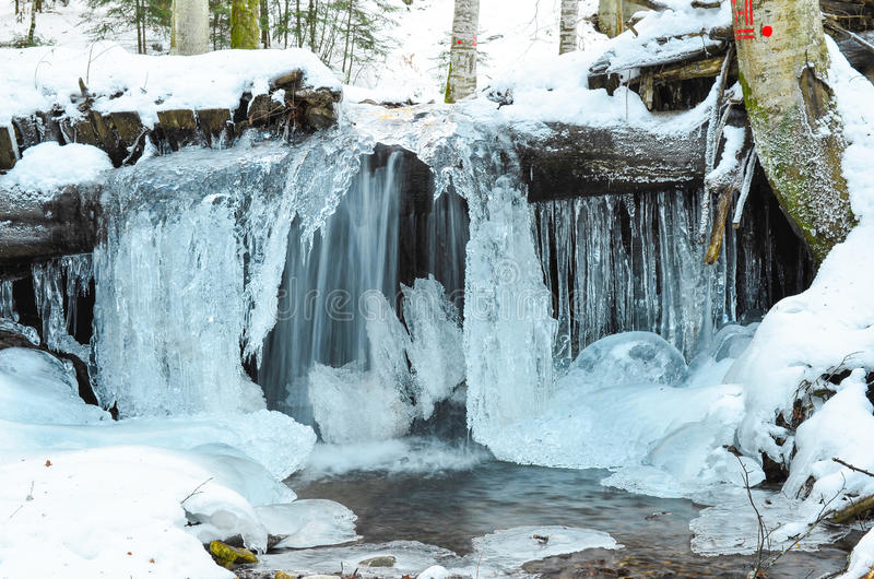Cascada congelada imagenes de archivo