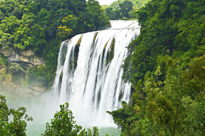 Cascada de China Guizhou Huangguoshu en verano Uno de imagen de archivo libre de regalías