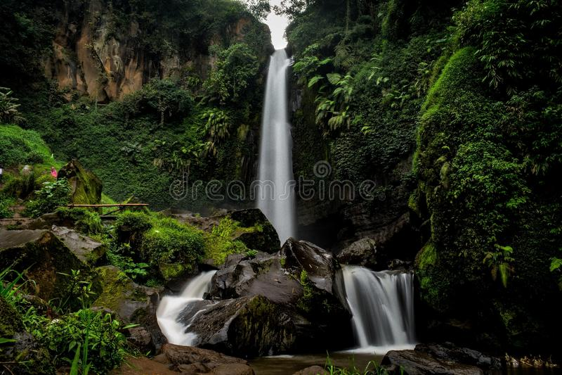 Cascada de Coban Talun, Malang, Java Oriental, Indonesia imagen de archivo libre de regalías