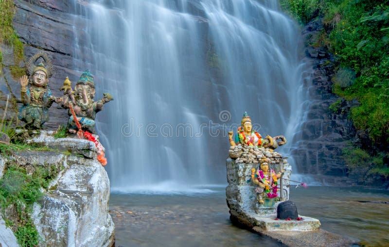 Cascada de Dunsinane en Sri Lanka imagenes de archivo