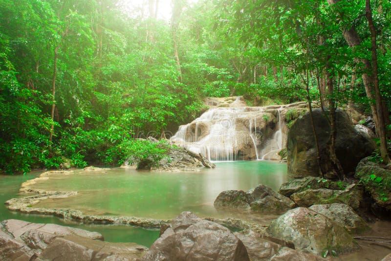 Cascada de Erawan Kanchanaburi tailandia fotografía de archivo