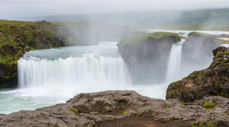 Cascada de Godafoss en Islandia del norte foto de archivo
