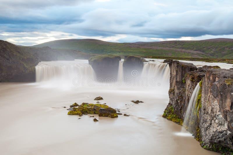 Cascada de Godafoss, Islandia del norte fotos de archivo