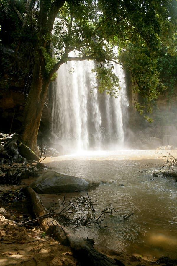 Cascada de Kenia imagenes de archivo