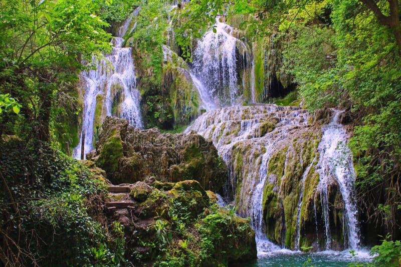 Cascada de Kroshuna imagenes de archivo