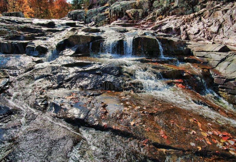 Cascada de la cascada en Missouri fotografía de archivo