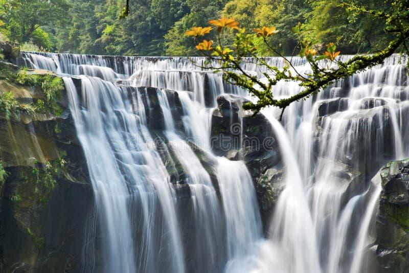 Cascada de Taiwán Shifen fotos de archivo libres de regalías