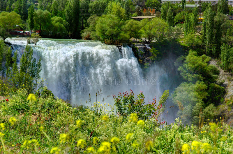 Cascada de Tortum, Erzurum, Turquía imagenes de archivo