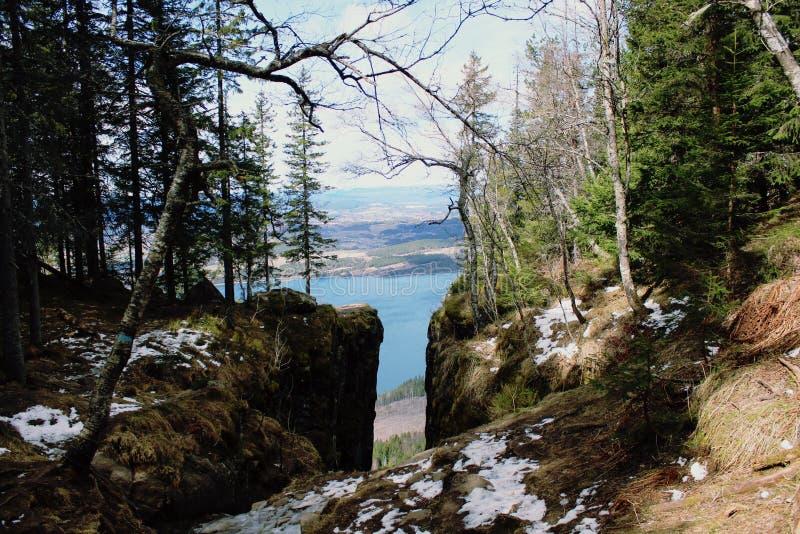 Cascada del agua de Gjendesheim imagenes de archivo