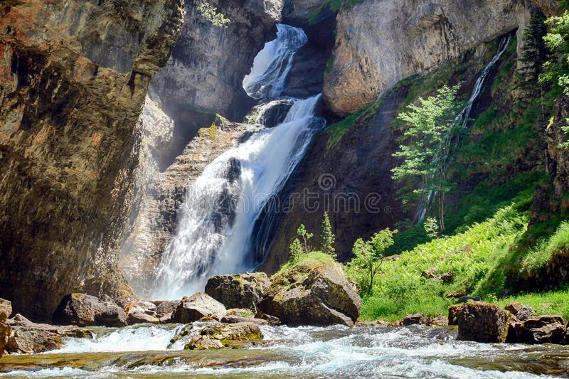 Cascada del Estrecho στο εθνικό πάρκο Ordesa στοκ φωτογραφίες με δικαίωμα ελεύθερης χρήσης